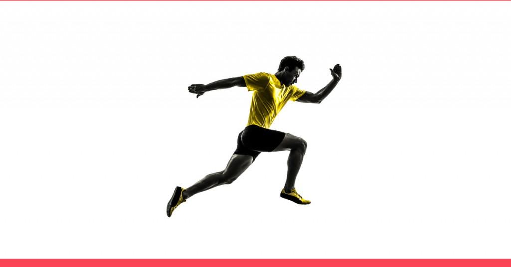 musculação emagrece - imagem de um homem correndo/saltando em alta intensidade