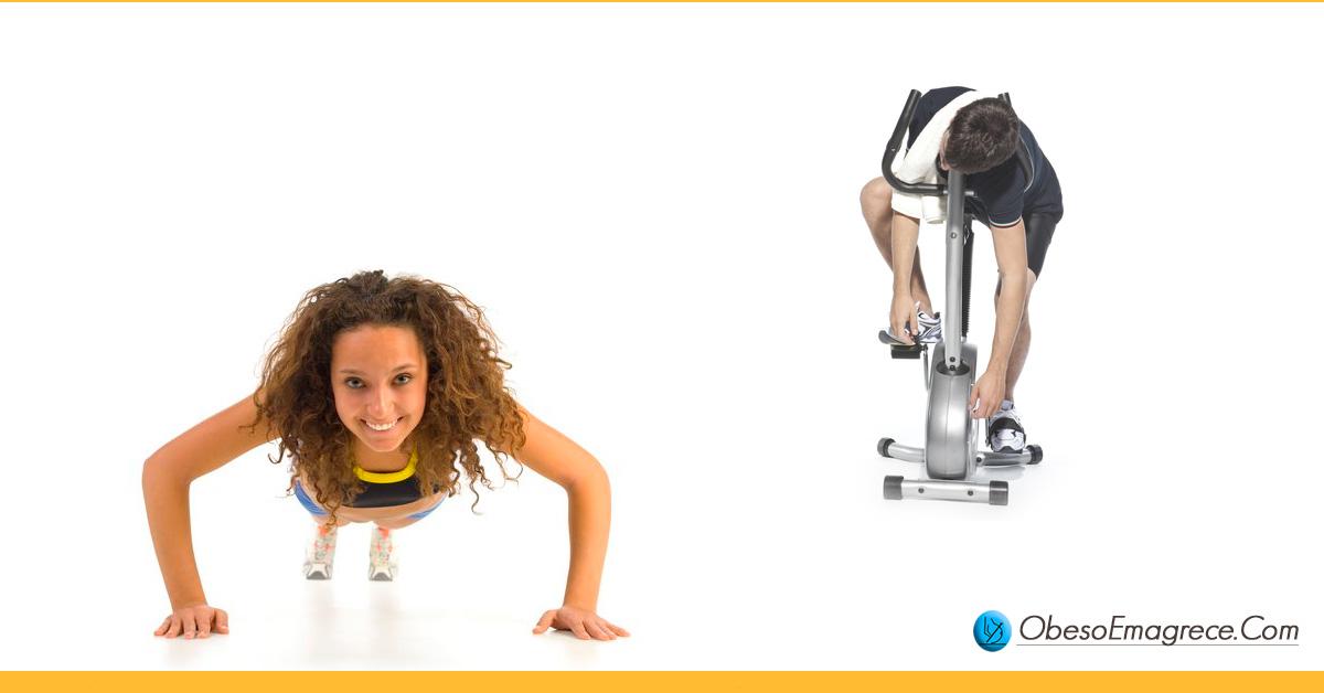 como emagrecer de vez - dica 2: não faça exercícios demais, menos é mais - foto de um homem esgotado jogado em cima da esteira e uma mulher feliz fazendo flexões
