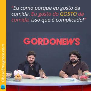 """eu gosto de comer por prazer - foto César Menotti e Fabiano apresentando o jornal """"Gordo News"""" em uma paródia do Programa do Porchat"""