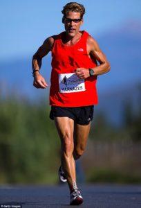 exercícios aeróbicos para emagrecer - foto de um maratonista correndo